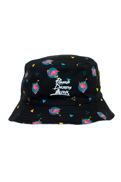 FLAMINGO BUCKET HAT black